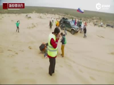 俄突发沙尘暴导致卡车失控 摄影男子惨遭碾压