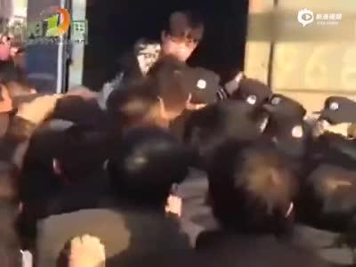 """湖南村民""""非正常死亡""""引发非法停尸事件"""