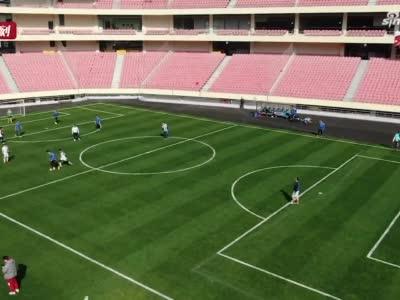 新年里的第一場球 昨天起虹口足球場首次向市民開放全場