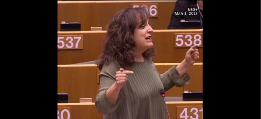 欧洲议会西班牙女议员怒怼波兰议员